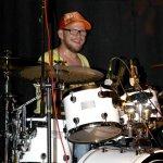 Andreas Brückner am Schlagzeug mit der D-Lite partyband beim Schützenfest Bökenförde 2016.