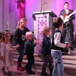 Landkindergartn-Mönninghausen-Winterzauber-2016-Benefizkonzert-D-Lite-Partyband-Geseke-Marienkirche-Michael Ernst-Elli Ernst