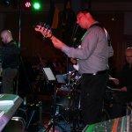 Andeas Kober, Bassist der D-Lite Partyband beim Schützenfest Plettenberg 2017 am Sonntag