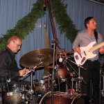 Andreas Kober am Bass und Tom Väth an den Drums beim Schützenfest Plettenberg 2017 am Sonntag