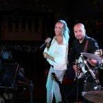 Die D-Lite Partyband aus Geseke NRW mit der Sängerin Elli Ernst und Davide Catalano beim Schützenfest Plettenberg 2017 am Sonntag