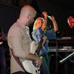 Davide Catalano, Gitarrist der D-Lite Partyband beim Schützenfest Plettenberg 2017 am Samstag