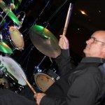 Thomas Väth, der TV-Drummer mit der D-Lite Partyband aus Geseke NRW beim Schützenfest Plettenberg 2017 am Sonntag